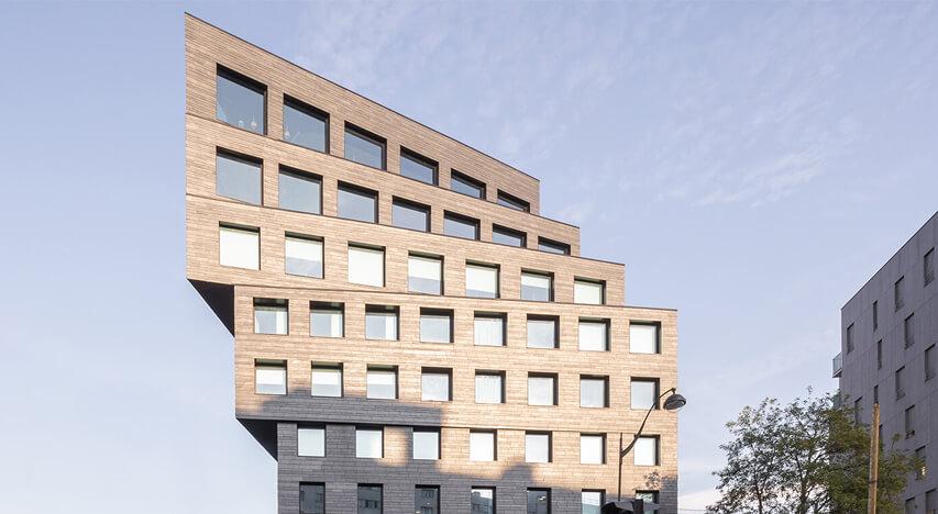 Binet bygningen i Paris er beklædt med naturskifer